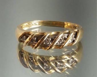 ON SALE 14K Solid Yellow Gold Diamond Band Ring Retro Vintage