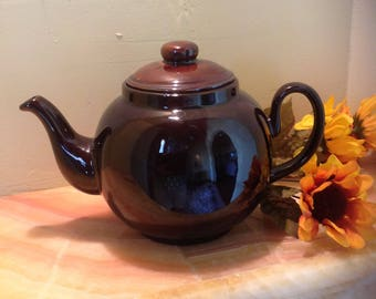 Large 8 Cup Brown Teapot, Made in England