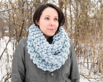 Outlander cowl, Hand knit cowl, ice blue cowl, snood scarf, gift for her, Christmas gift, Birthday gift, accessories