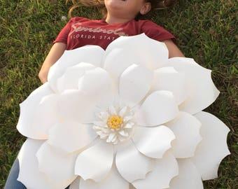 Giant Paper Flowers | Paper Flower Backdrop | Flower photo prop | wedding decor | party decor