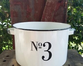 Large Enamelware Pot. Number decor, number 3, number 3 decor, vinyl number 3, rustic metal pot, beverage tub, 3, white enamelware pot