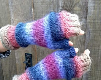 Hand-knitted Fingerless Mittens Gloves in Multicoloured Chunky Wool and Acrylic Yarn