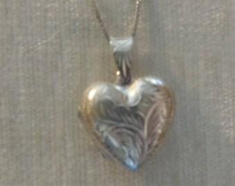 Vintage Sterling Silver Heart Locket, with sterling chain