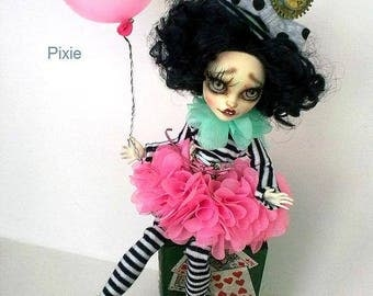 SALE 25%! Monster High Repaint, Monster High OOAK, High Monster Custom Lalarossa, Catrine de Mew, BJD, Pixie