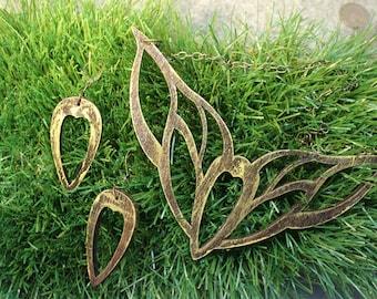 Elf jewelry. Elven necklace. Elf jewelry. Elvish jewelry. LOTR jewelry. Lord of the Rings jewelry.Cosplay jewelry. Fantasy jewelry.