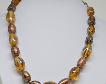 Gorgeous Gold Tone Beaded Necklace