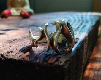 Fire Ring, Sharp Ring, Sterling silver 925 Flame ring, Dragon ring, Spurts of Flame, Unusual Personalized Gift for Her Ring of Jahli