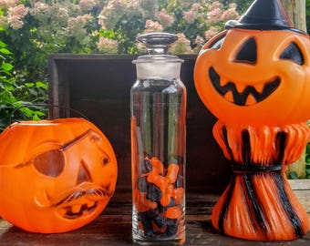 Vintage Apothecary Jar / Halloween Decor / Halloween Candy / Tall Ground Glass Jar / Candy Buffet / Vintage Halloween