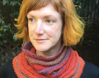 Fine woolen cowl/tube scarf - rusty red and lilac marle
