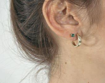 Minimal sapphire studs - delicate sapphire earrings - gemstone stud earrings -dainty blue earrings -tiny blue earrings -birthstones earrings