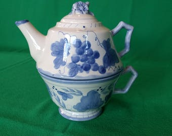 Ceramic Teapot and Cup for One, Make the Season Bright Ceramics, Tea Lovers, Teapot Lovers, Serving, Vintage