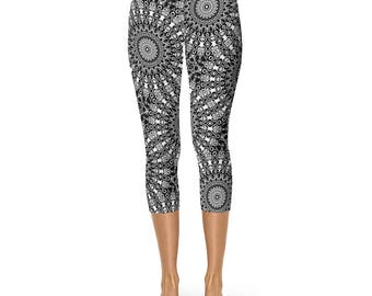 Capris Black Yoga Leggings, Black Leggings, Black and White Printed Stretch Pants