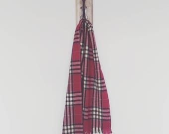Magenta Plaid Scottish Wool Scarf/ Dark Pink Plaid Scarf Made in Scotland/ Vintage Maroon Plaid Wool Scarf
