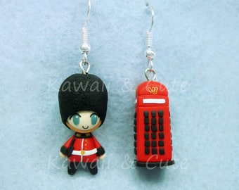 Earrings Royal Guard and Phone Booth London - England  - United Kingdom