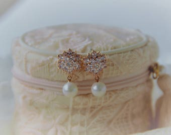Rose Gold Bridal Earrings, Pearl Earrings, Crystal Wedding Earrings, Wedding Earrings, Bridal Jewelry