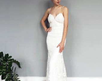 Spaghetti Strap Backless Lace Mermaid Wedding Dress