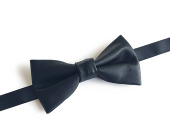 "Black Leather Pre Tied Bow Tie ""Wallach"", Best Handmade Gift for Men, Weddings, Birthday, Valentines Day"