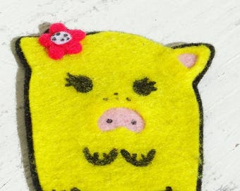 Saw on feltie patch piglet pig farm animals felt backpack kids children applique handmade