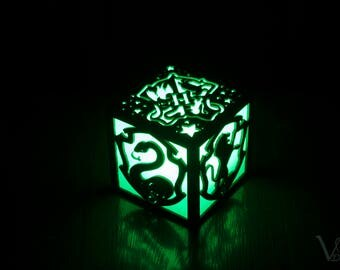 Harry Potter Hogwarts Houses Crest Inspired Color LED Lantern - Gryffindor Ravenclaw Hufflepuff Slytherin School of Witchcraft and Wizardry