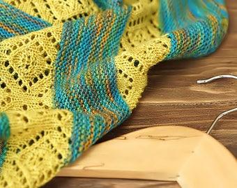 Knitted semi-circular shawl, oversized lace shawl, extra fine merino wool shawl Spring rain