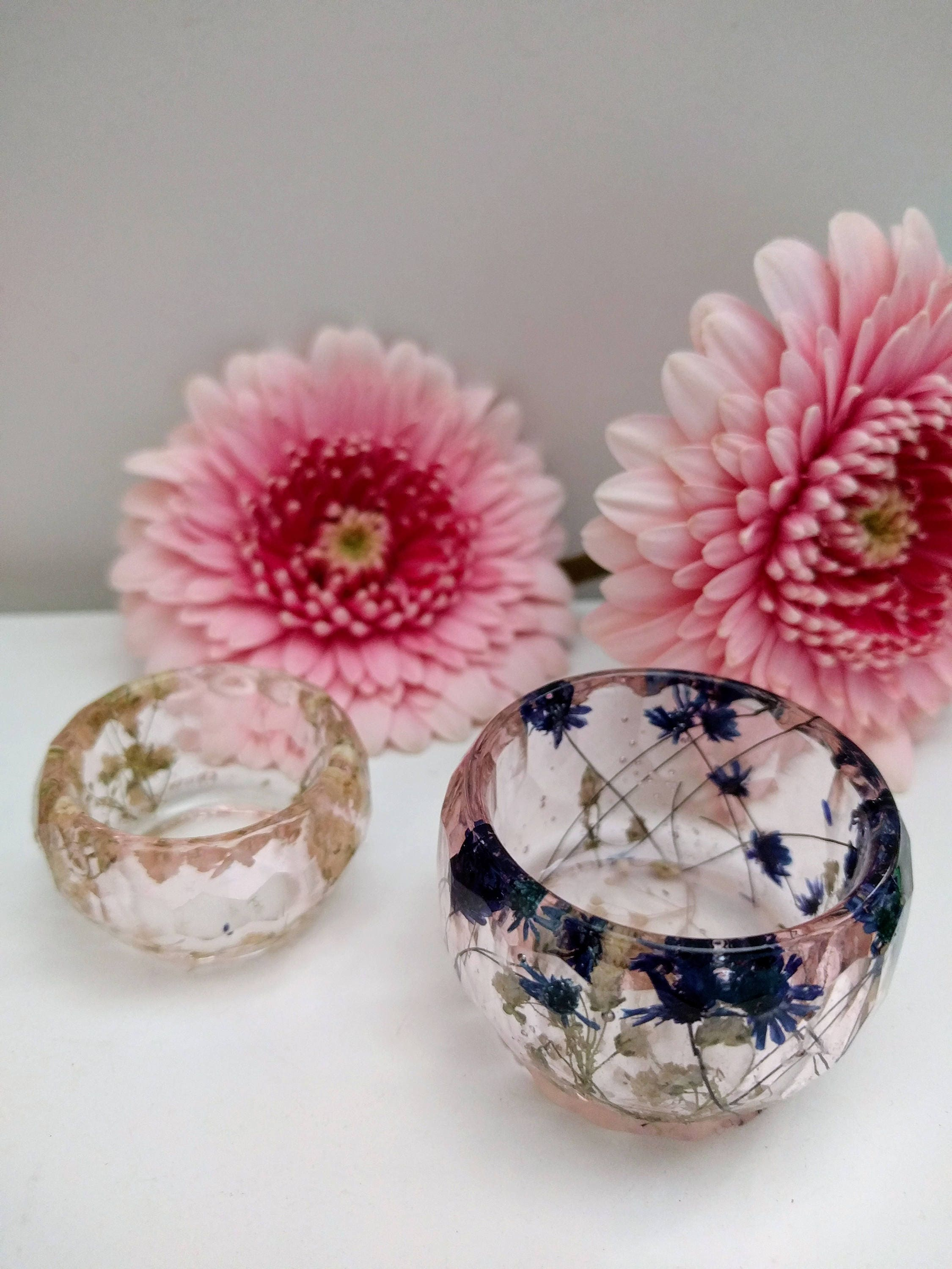 Resin Real Flowers Trinket Ring Holders Bowls Dish. Set of 2 ...