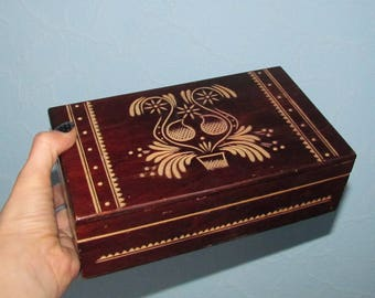 jewelry box Vintage 1980s Wooden Box Wood Box hand carved box Jewelry Box Treasure Box Rustic Home Decor Storage Box Trinket box russian box