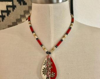 1940s - Art Deco Necklace - Vintage Celluloid - Tear Drop pendant - Vintage Necklace
