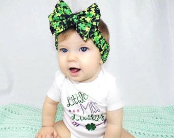 St Patricks Day Headband- Clover Headband; St Patricks Day Bow; St Patricks Bow; Clover Bow; St Patricks Headband; St Patricks Day Favors