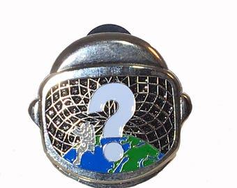 Tipper pin, 3D pin, Astronaut Helmet, Space, enamel pin
