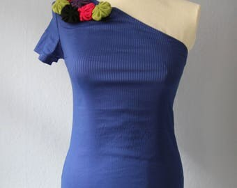 Top second hand S 36 Blau one Shoulder asymmetrical flowers summer spring sporty stripe strapless applications