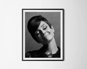 Audrey Hepburn, Audrey Hepburn Print, Audrey Hepburn Art, Breakfast At Tiffany's , Fashion Print, Movie Poster, women photography,
