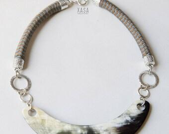 Boho Bib Necklace Multicolor Horn