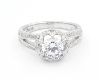 0.75 ct Cubic Zirconia Engagement Ring, Size 6.5, 925 Sterling Silver, Round Cut, Accent Stones on Band (764)