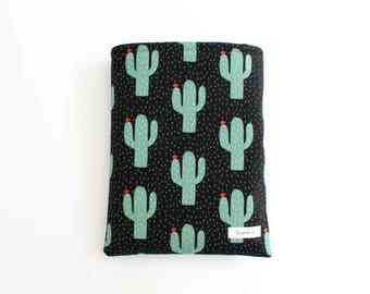 Creepin' Cactus BookBud book sleeve