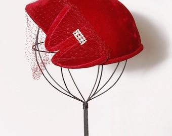 Vintage 50s red velvet fascinator / 50s hat with rhinestones / vintage fascinator / netted hat / holiday fascinator