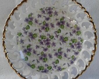 Beautiful Vintage Lefton China Violet Chintz wall plate