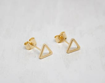 Small earrings yellow gold triangle satin 8 mm