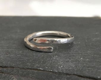 Adjustable silver ring, Simple open ring, Sterling silver wrap ring, Bypass ring, Hammered silver ring, Statement ring, Thumb ring