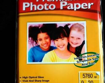 "Premium Photo Paper 20 sheets glossy 4"" x 6"""