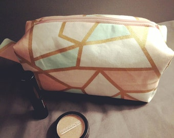 Cotton boxy mermaid zip-up pouch