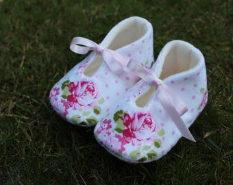 Shoes of roses-various sizes