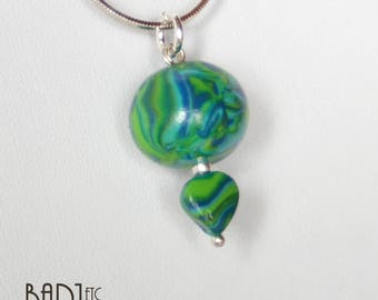 Green and blue pendant necklace
