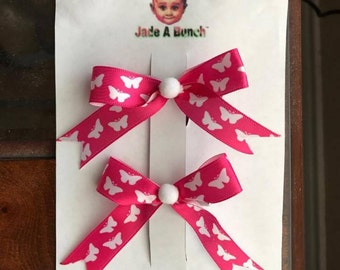 Cute tails down butterfly bow set