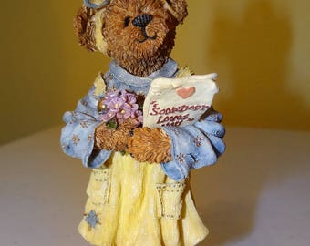 Boyds Bears, Bearstone Collection, Style #227742 Abby T. Bearymuch...Yours Truly