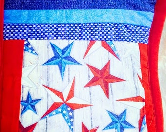 Oven Mitts 2, Pot Holders 2, Patriot Theme