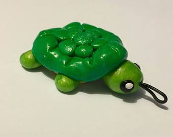 Adorable Green Turtle Pendant