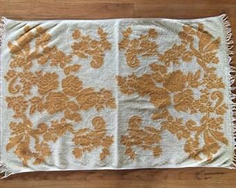 Vintage towel yellow