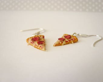 The sausage pizza earrings