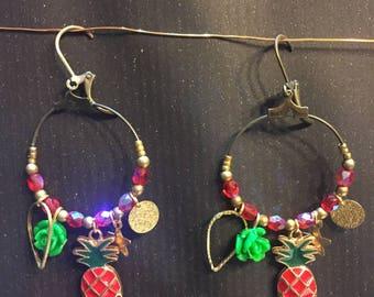 Daydream hoop earrings colored red
