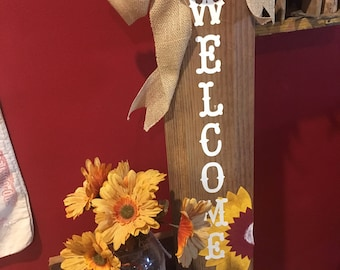 Sunflower Welcome Fall Wood Sign